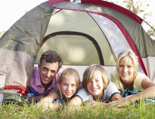 10 asja, mida vajad perega telkima minekuks.
